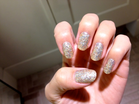 Gold Glitter Gelicure_Pampered Hands_6