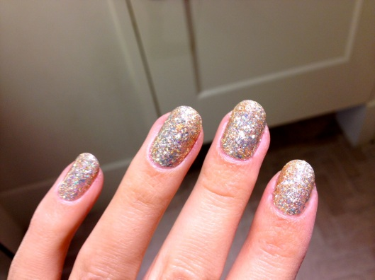 Gold Glitter Gelicure_Pampered Hands_7