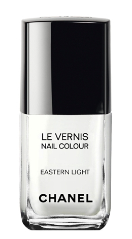 This exclusive, limited-edition nail colour evokes the modernity of Hong Kong with a bold shade of opaque white.