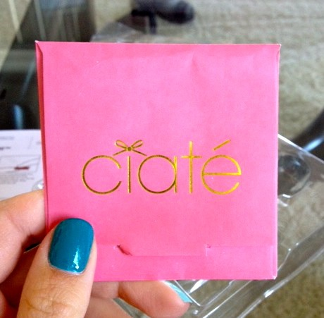 The foils came in this cute little envelope. It comes in handy because you'll find you have a ton of foil left! I only used one sheet of each color for my look. I could do at least 6-7 more foil manicures with the materials included in the kit.
